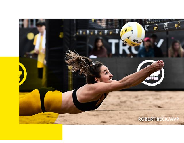 Sarah Sponcil '19 digs out a ball.