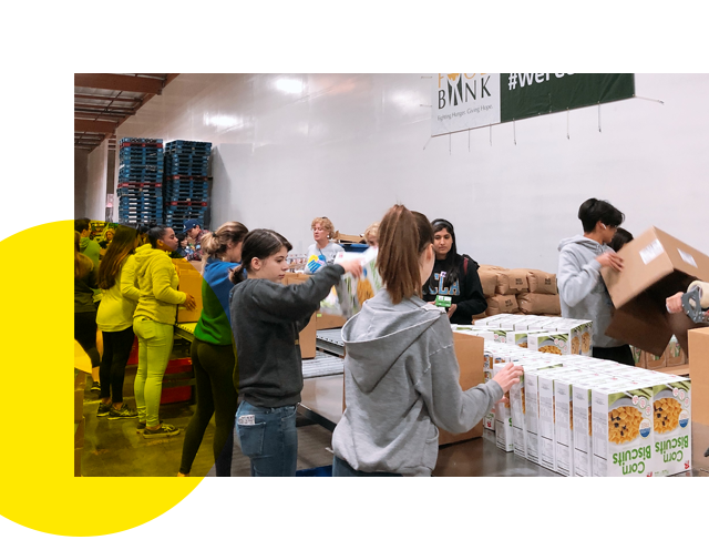 UCLA Food Bank volunteers